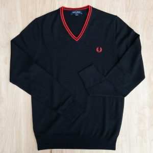 Fred Perry K9600 Classic V-Neck Sweater Black/Crimson