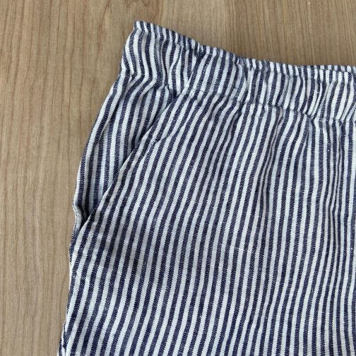 Alex Crane Bo Lines Linen Shorts. Front Pocket View.